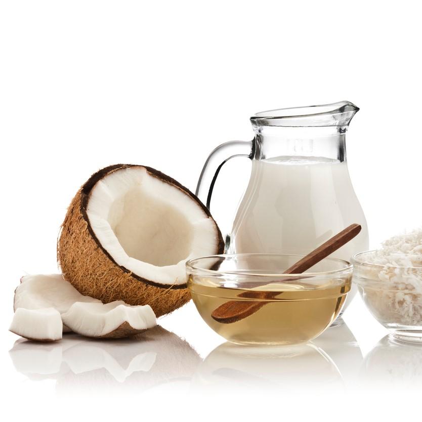 ヤシ油等を原料とした天然グリセリン(食品添加物)です。 保湿成分として配合しています。