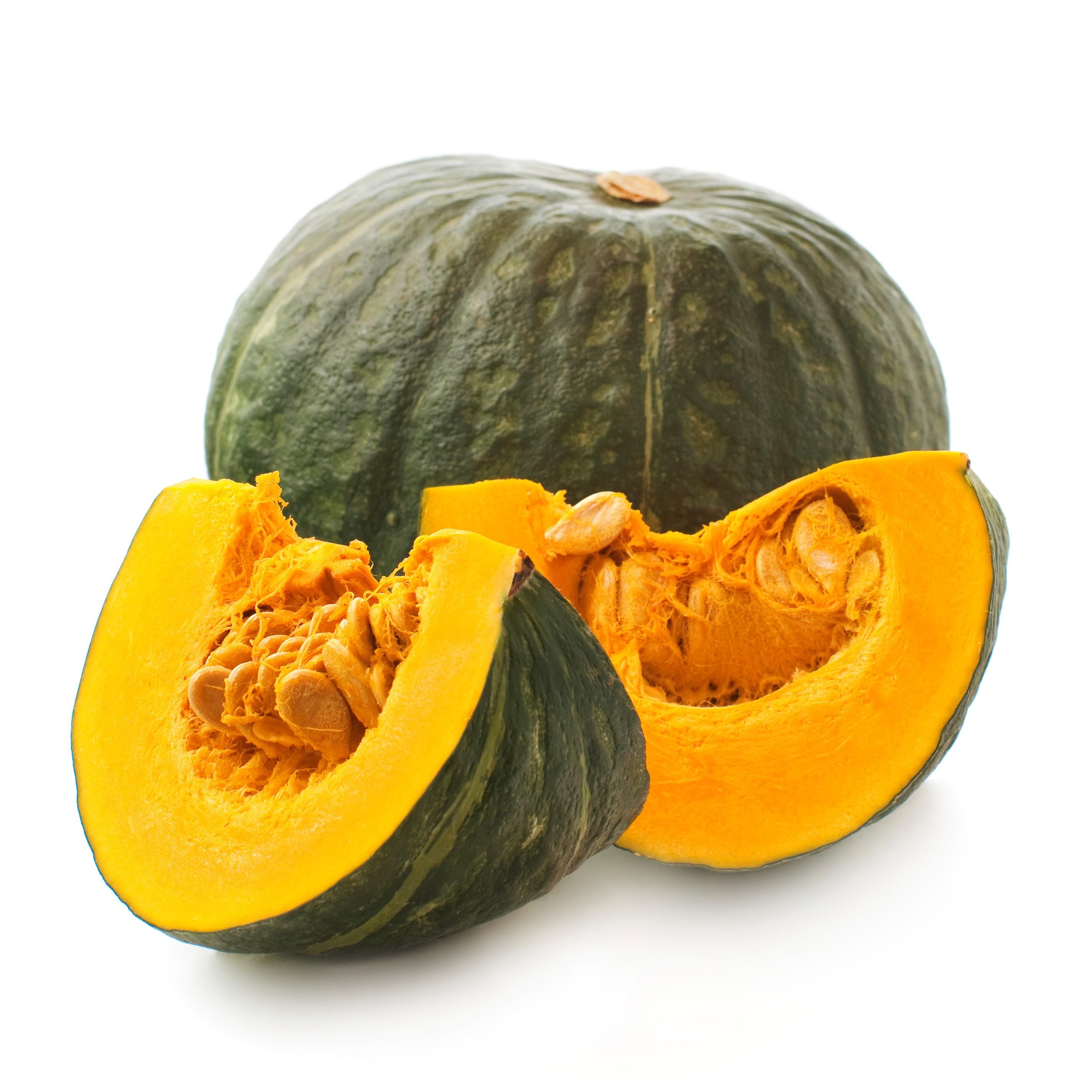 βカロテンやビタミンが多く含まれており、さらに鉄分、カルシウム、カリウムなどもバランスよく含まれているのが特徴です。免疫力を高めたらり、お肌や被毛の健康にも効果が期待できます。また、食物繊維も豊富で、お腹や便通の調子を整える効果もあります。